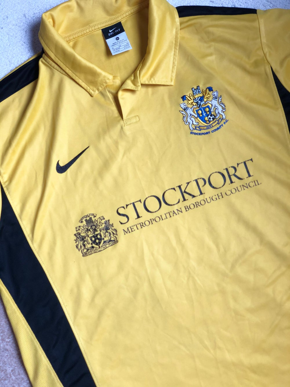Image of Replica 2010/11 Nike Away Shirt