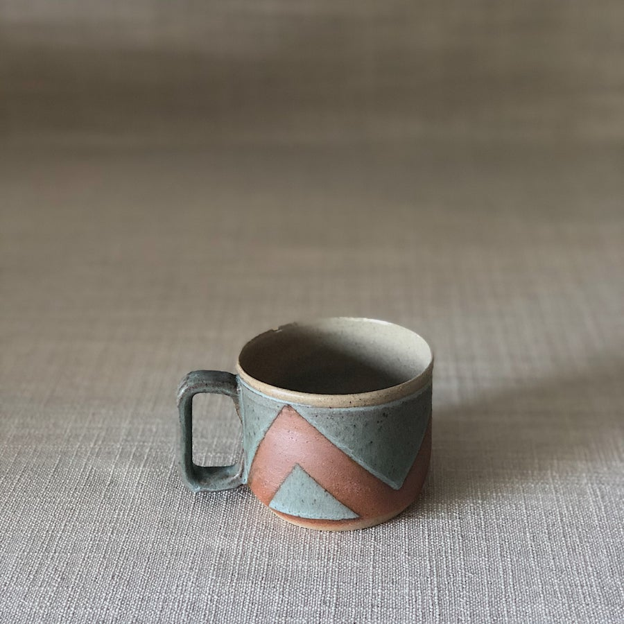 Image of HIGHWATER DARK TRIANGLES COFFEE MUG