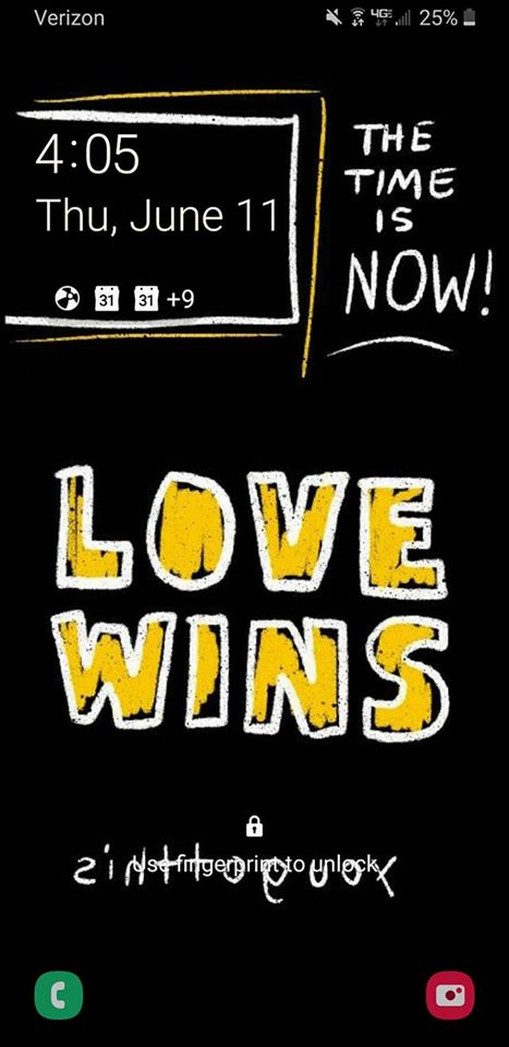 Love Wins (Gold) Smartphone Wallpapers