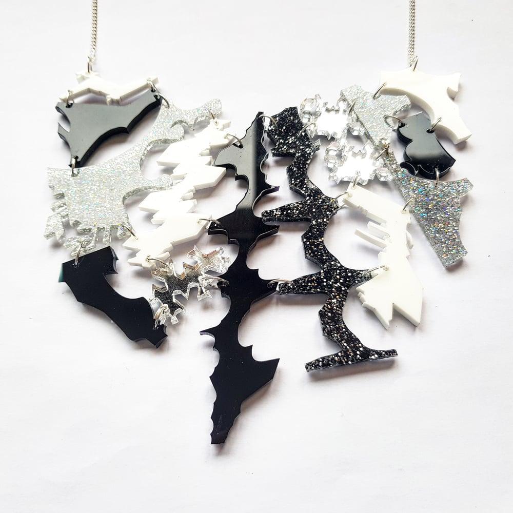 Image of Black and White Zero Waste Necklace