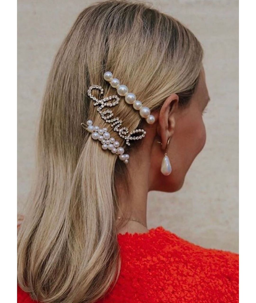 Image of Chanel Hair Clip with Heart