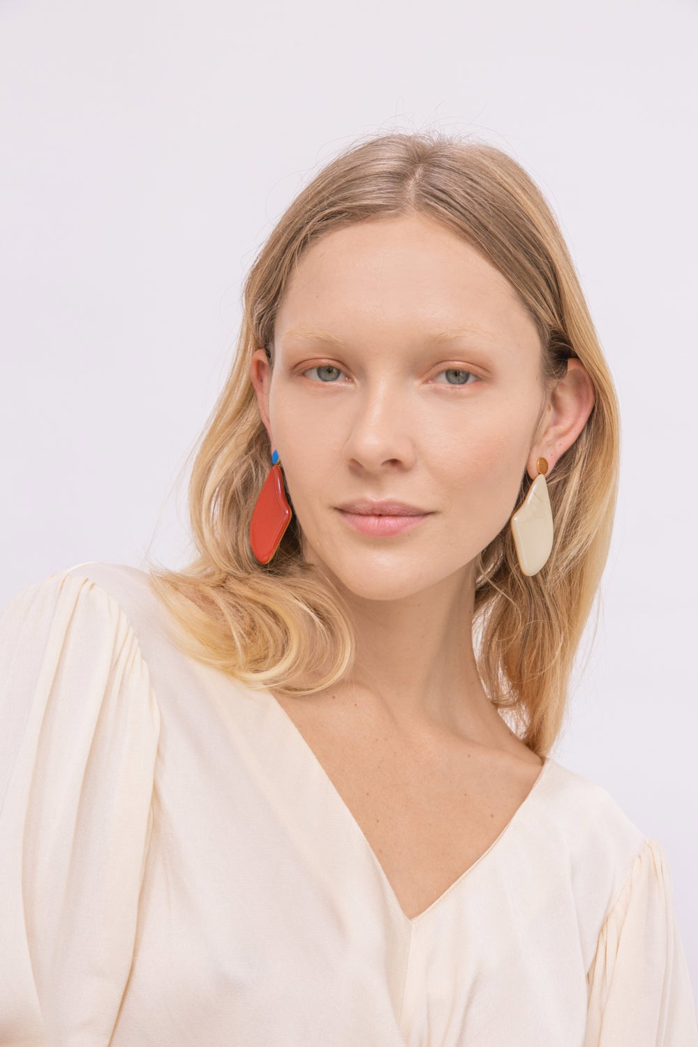 Beige Lima Earrings - Enamel
