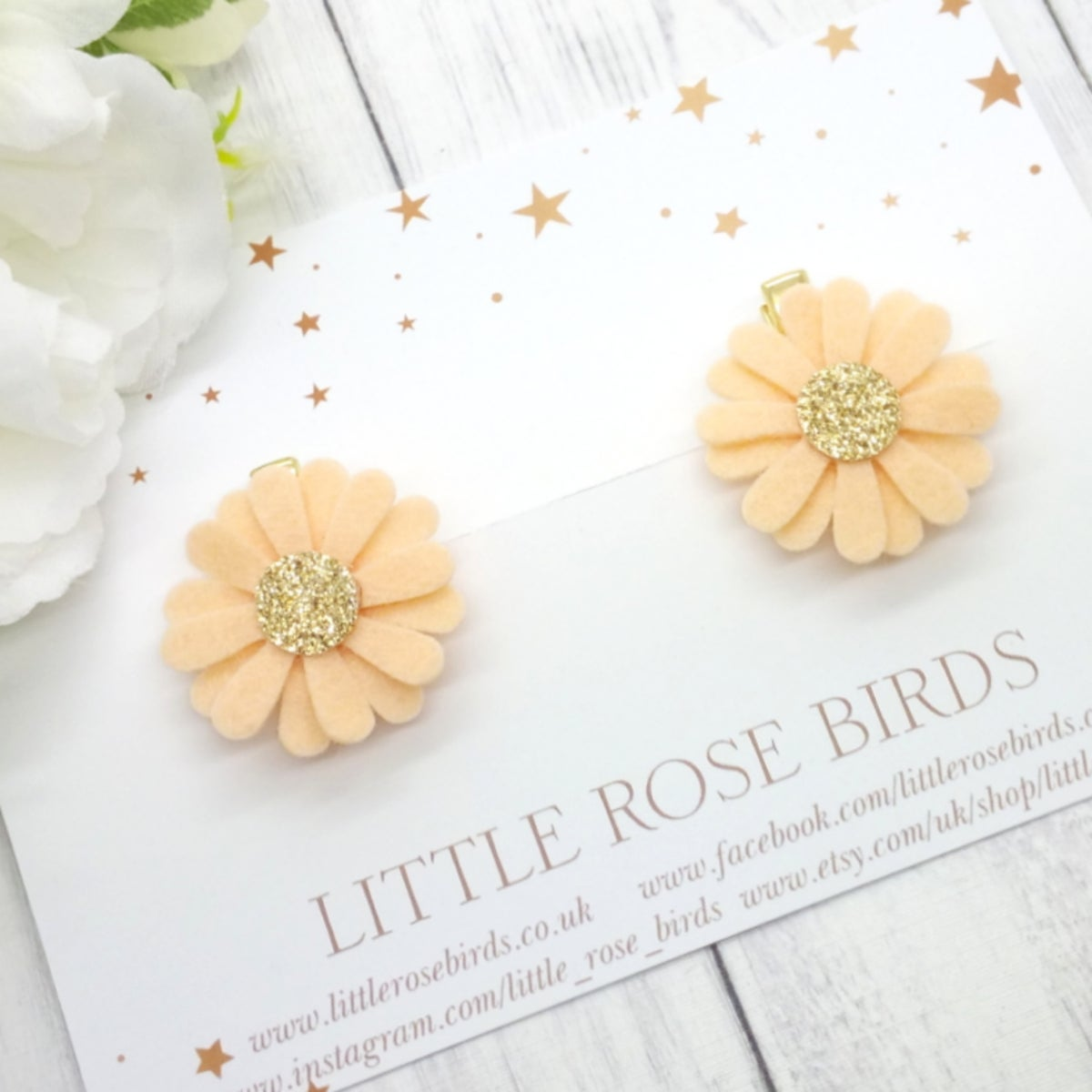 Image of Peach Daisy Pigtail Clips