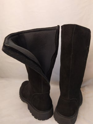 Image of PALPATIN BLACK SUEDE BOOTIES