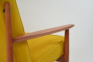 Image of Fauteuil modèle T jaune