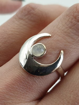 Image of RAINBOW MOONSTONE CRESCENT MOON Sterling Silver Ring