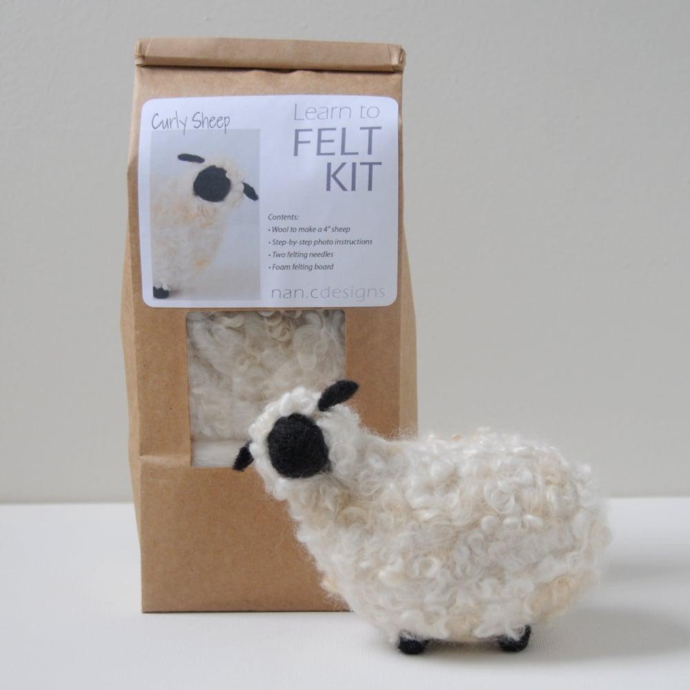 Curly Sheep - Needle Felting Kit