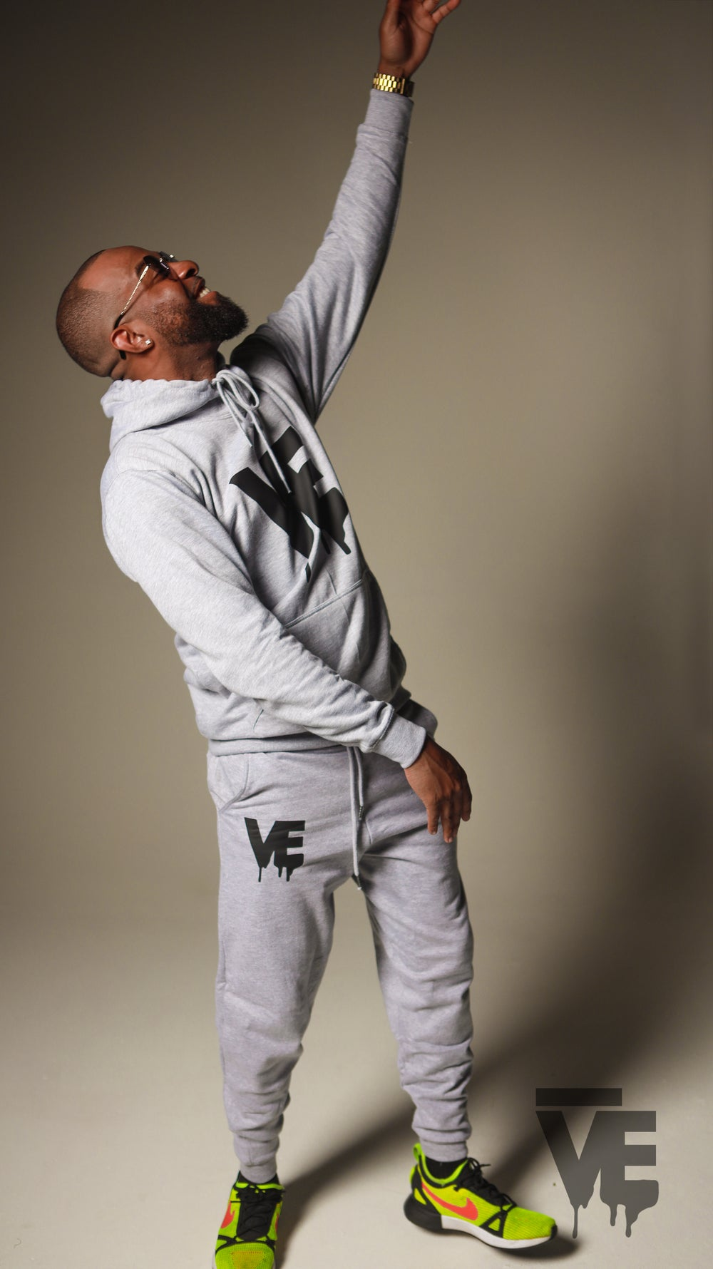 Men's Grey VE Logo Sweatsuit