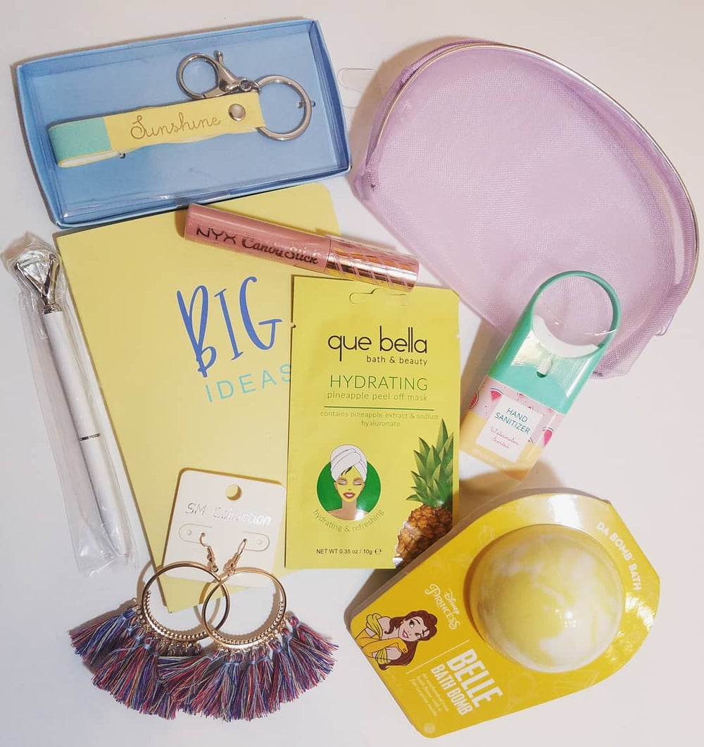 Belle Bath Bomb Beauty & Accessory Bundle