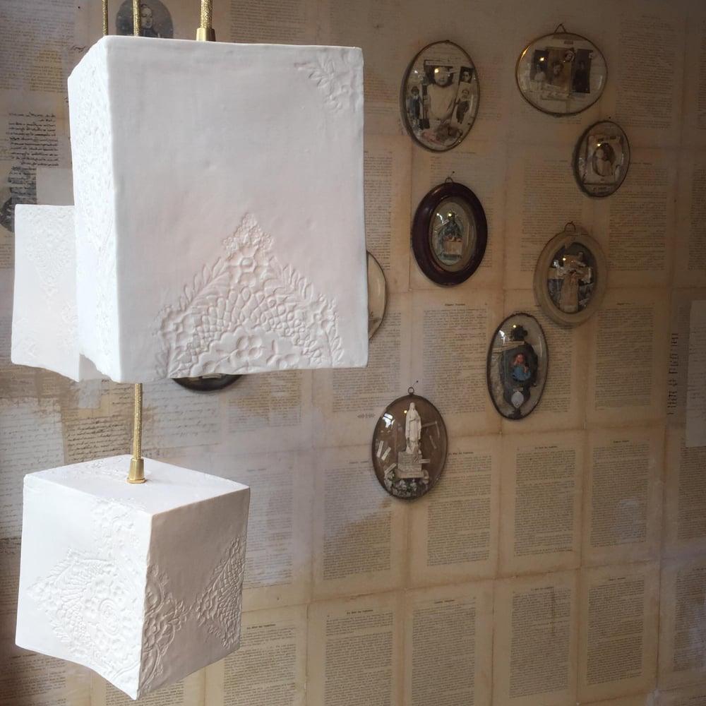 """Image of Lampe cubique """"Albertine"""" L"""