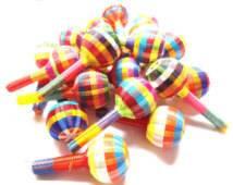 Image of Plastic woven maracas ~ sonajas