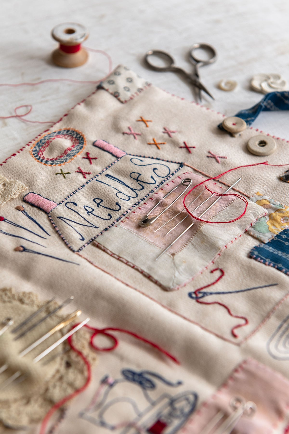 Image of 'Make Your Own Sewing Set' kit