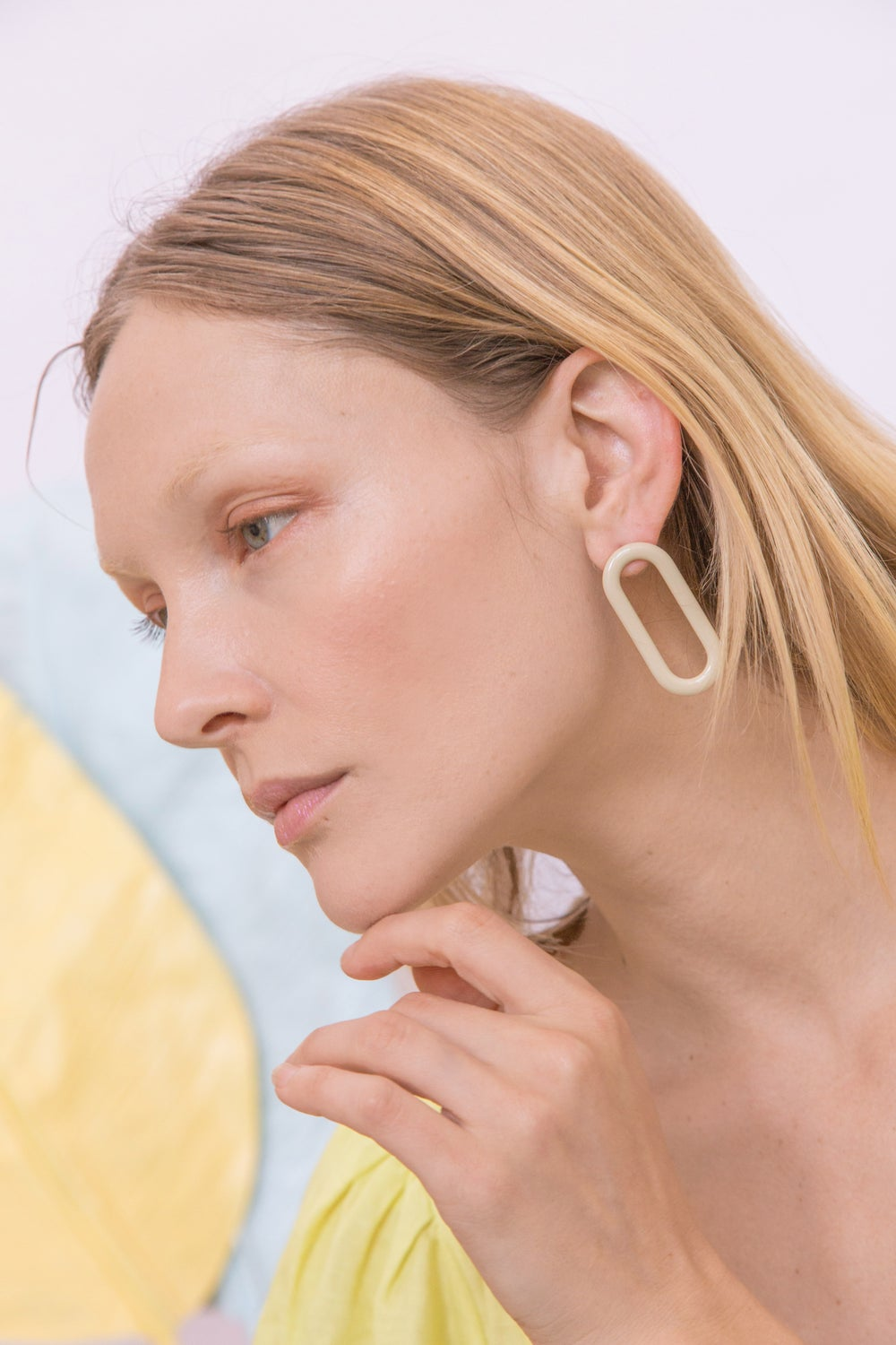 Oval Earrings • Stainless steel - Beige