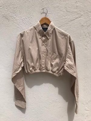BEIGE CUSTOM CROP SHIRT