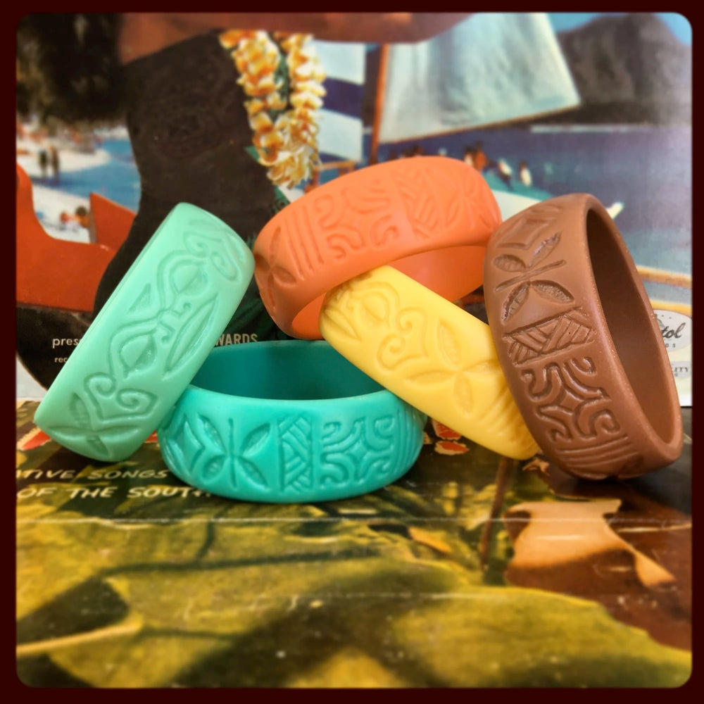 Image of Polynesian Pop Bangle