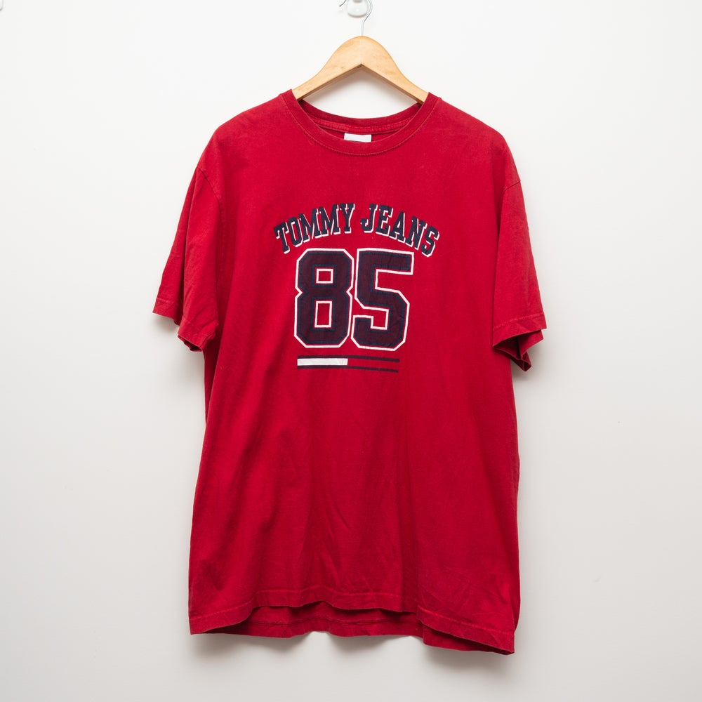 Image of Tommy Jeans 85 Tee