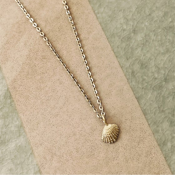 Image of Shella Pendant / 24k Gold-coated silver