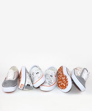 Image of VANS X NO COMPLY_SLIP-ON PRO (DANIEL JOHNSTON)