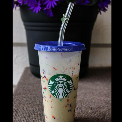 Image of Reuseable Cold Cup Lids for Glass Straws