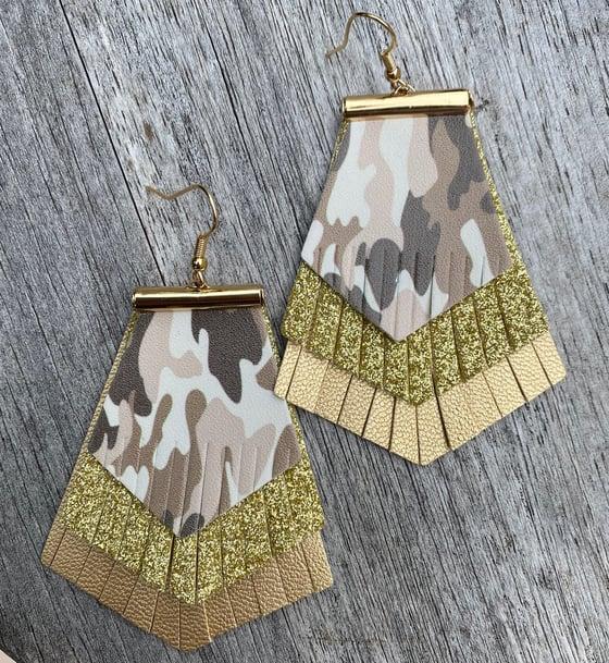 Image of Arlo earrings
