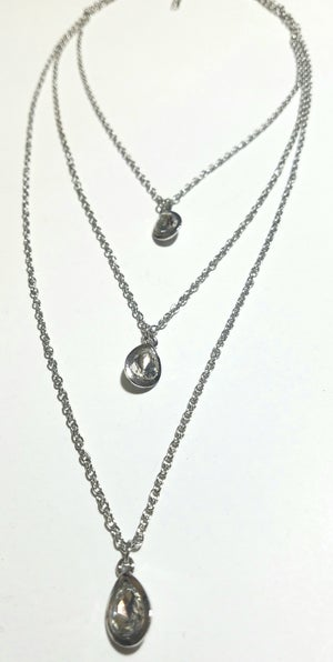Image of Pinky Queen Earrings & Drop Layered Necklace Set