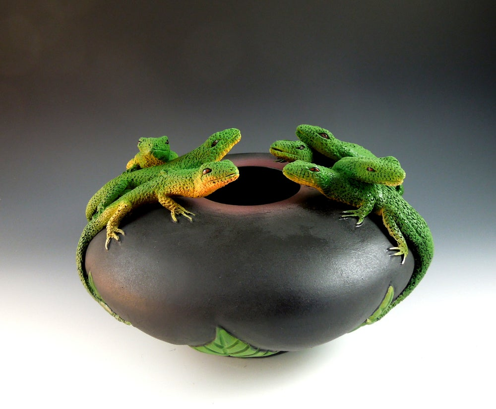 Image of Seven Lizard Bowl  (the Lizard Lounge)