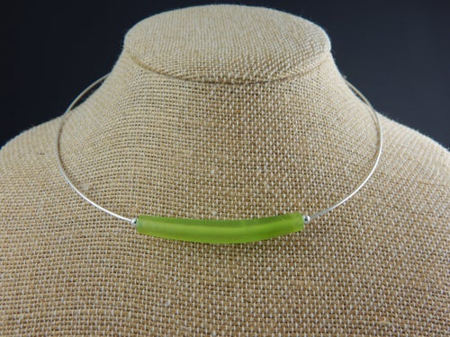 Image of Artisan Glass • Curved Green Glass Bead