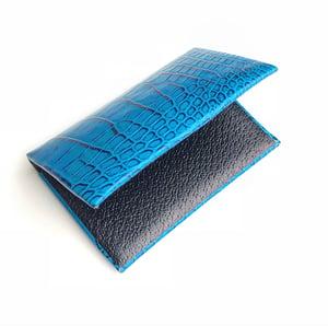 Image of Miami Blue Alligator seamless cardholder