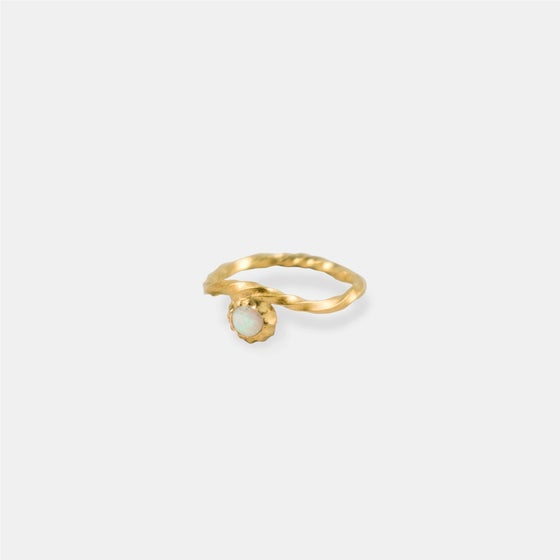 Image of HOLLY STAR RING / 24K GOLD-COATED SILVER