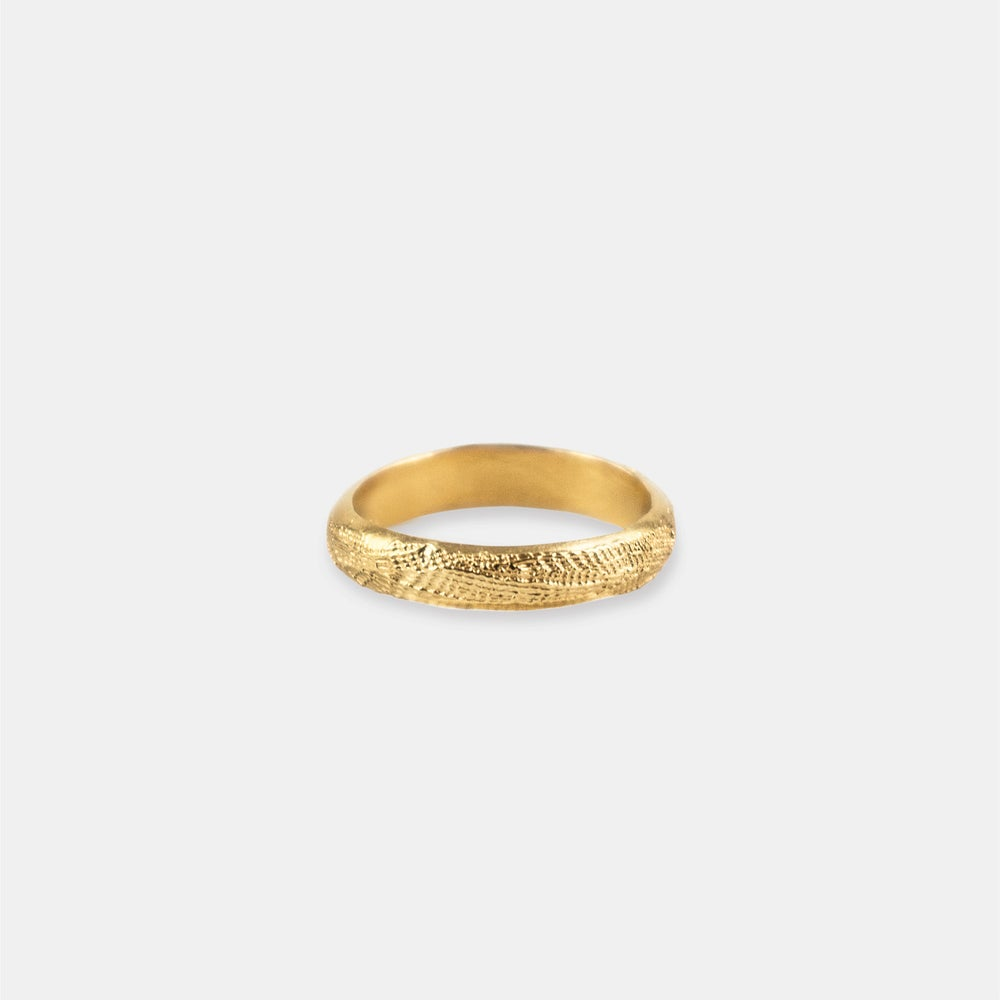 Image of LOUÉ RING / 24K GOLD-COATED SILVER
