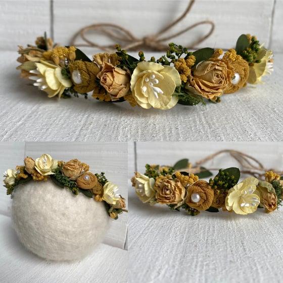 Image of Lemon rose crown