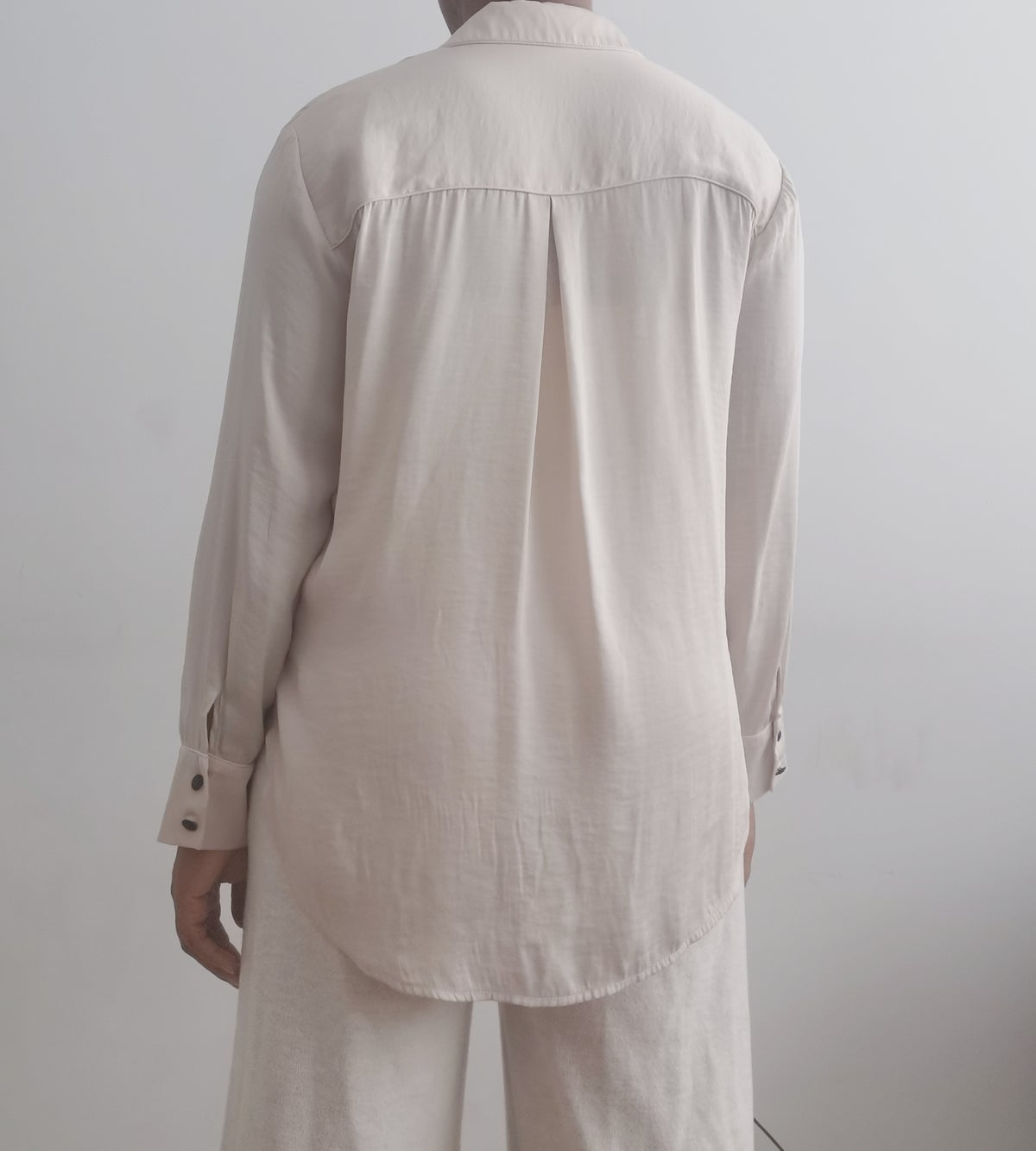 Image of loose line blouse