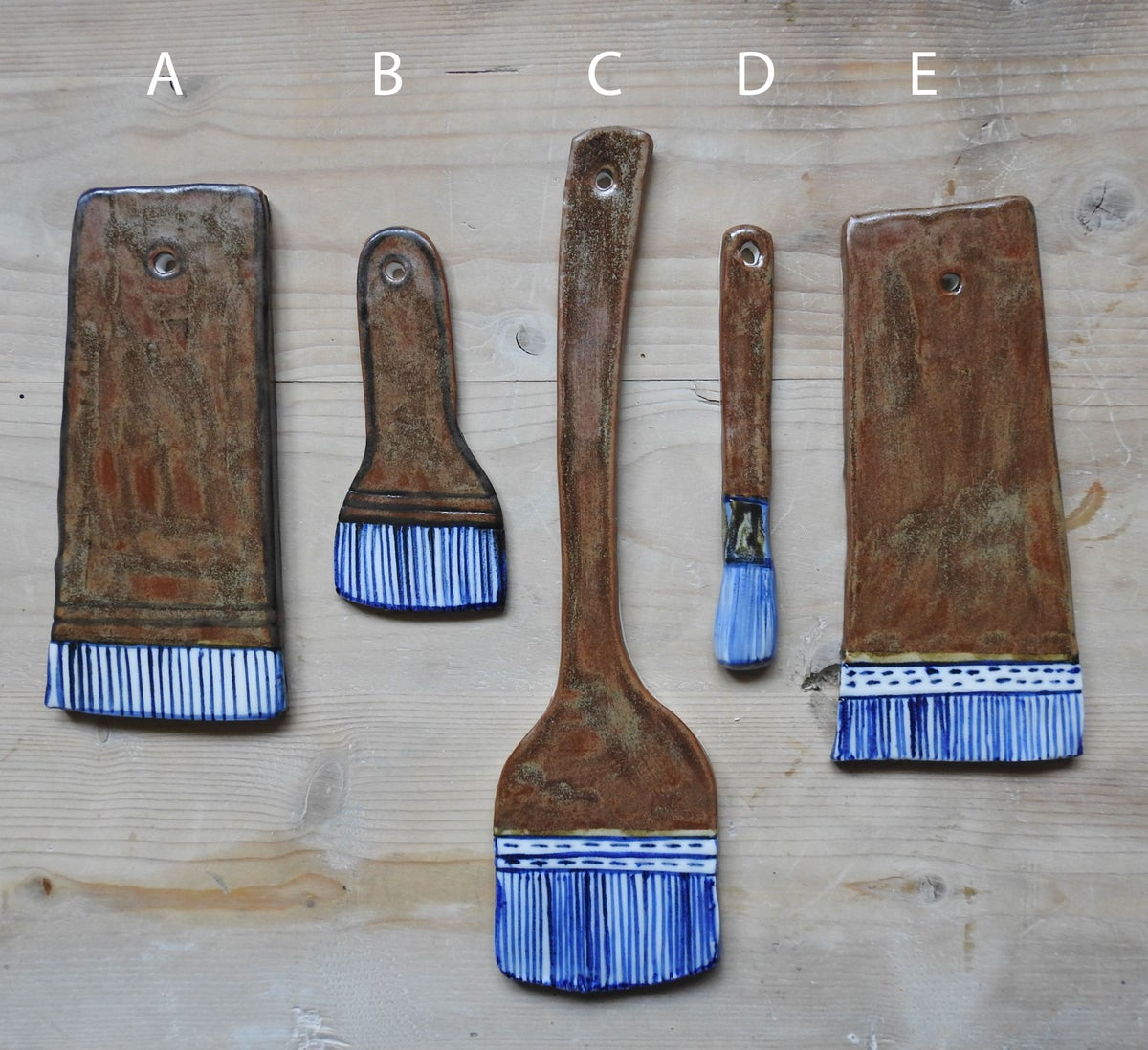 Image of the life of things - large porcelain artists brushes