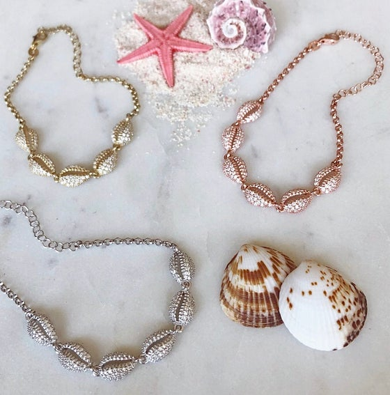Image of Seaside Shell Bracelet
