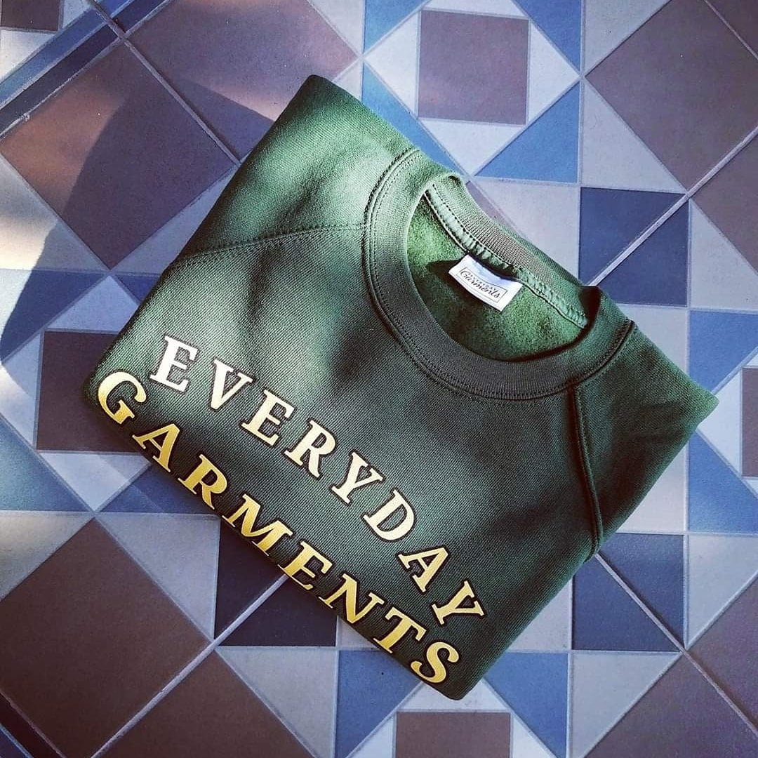 Image of EVERYDAY GARMENTS ARC RAGLAN SWEATER