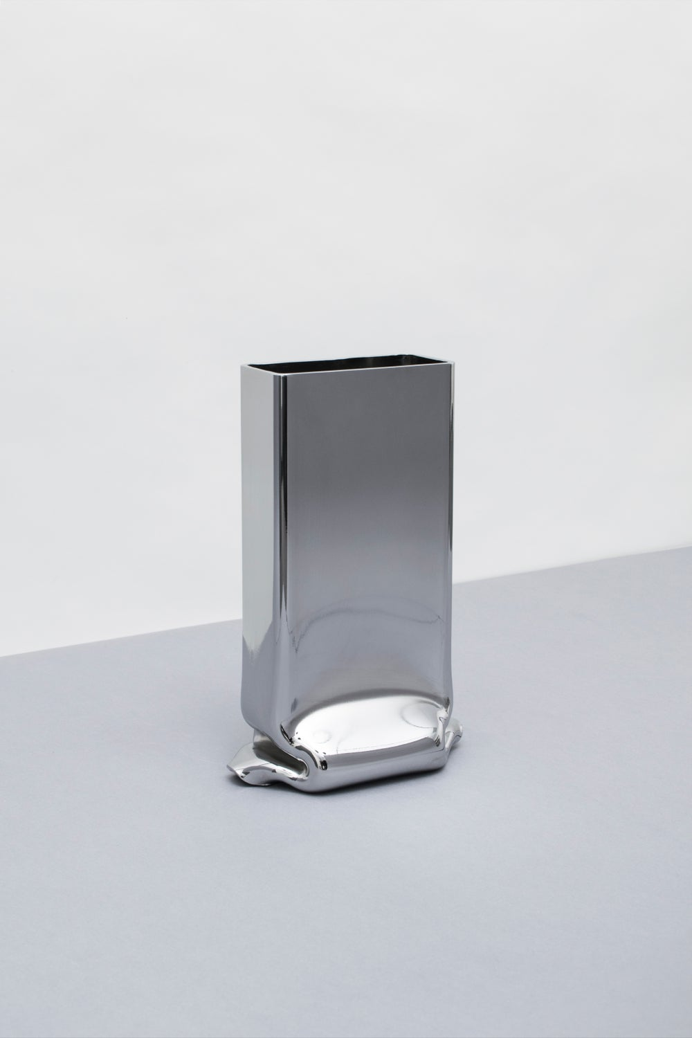 Image of Pressure Vase Rectangular Chrome