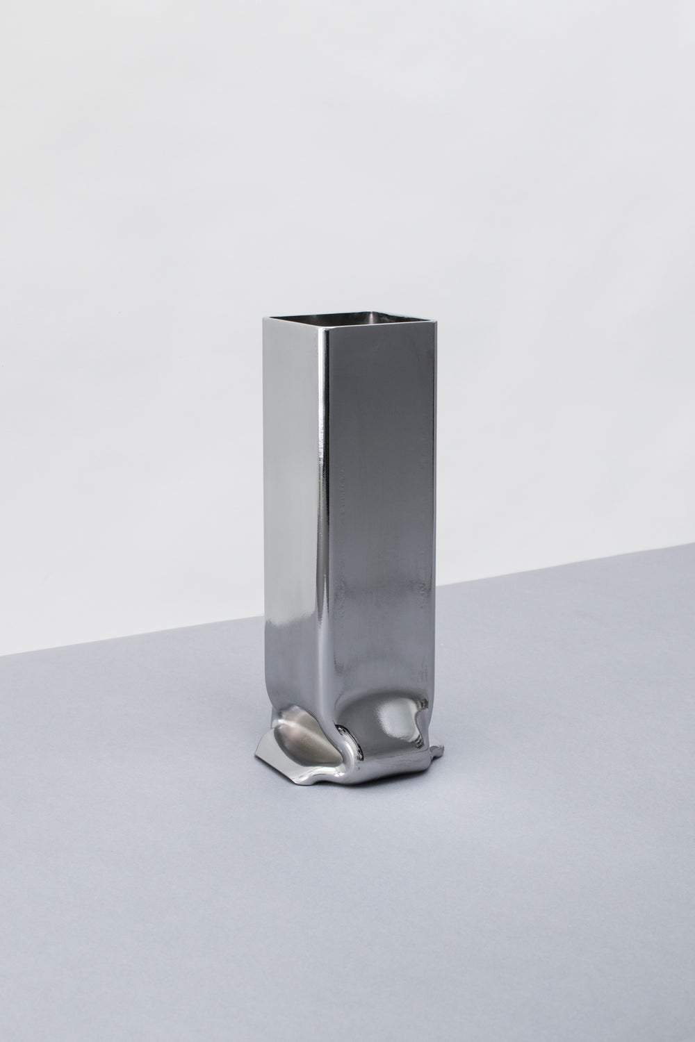 Image of Pressure Vase Chrome, Various Sizes