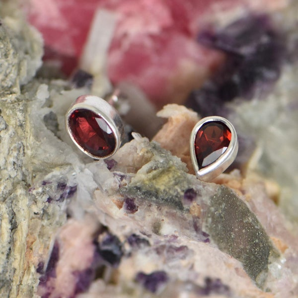 Image of Red Garnet 2 shapes mixed silver earrings