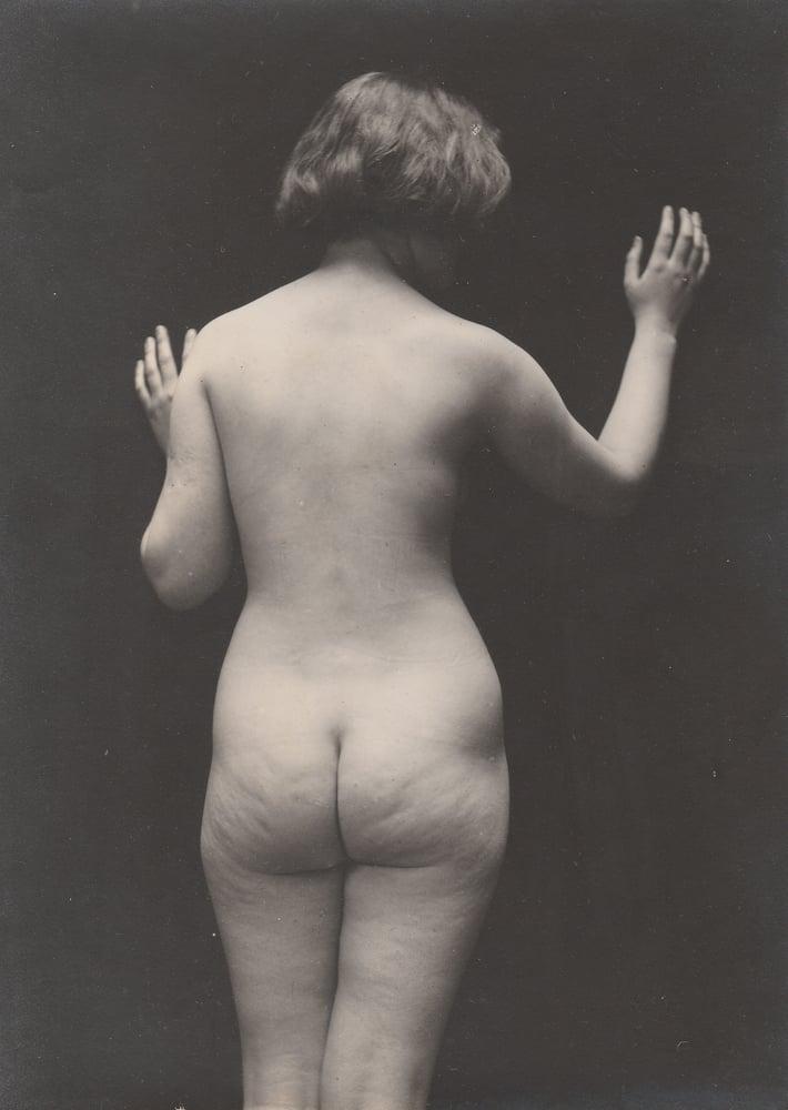 Image of Barnard: artistic nude study, ca. 1930