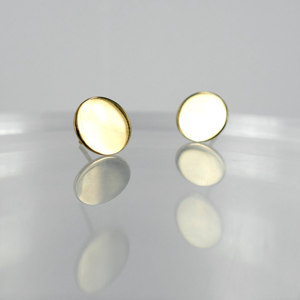 Image of E1771 - 9ct yellow gold solid round stud earrings
