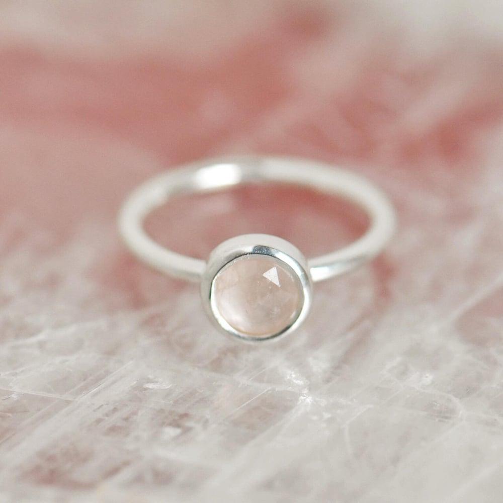 Image of Rose Quartz rose cut classic silver ring