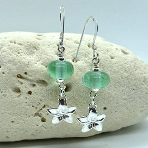 Image of Spring Rain Dangle Earrings