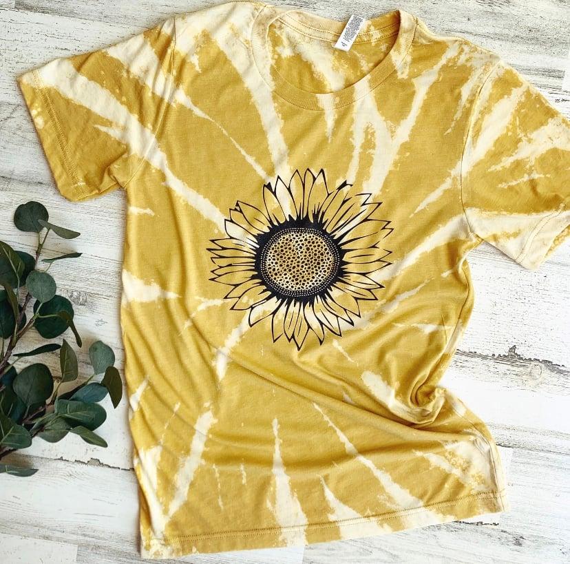 Image of Sunflower tee