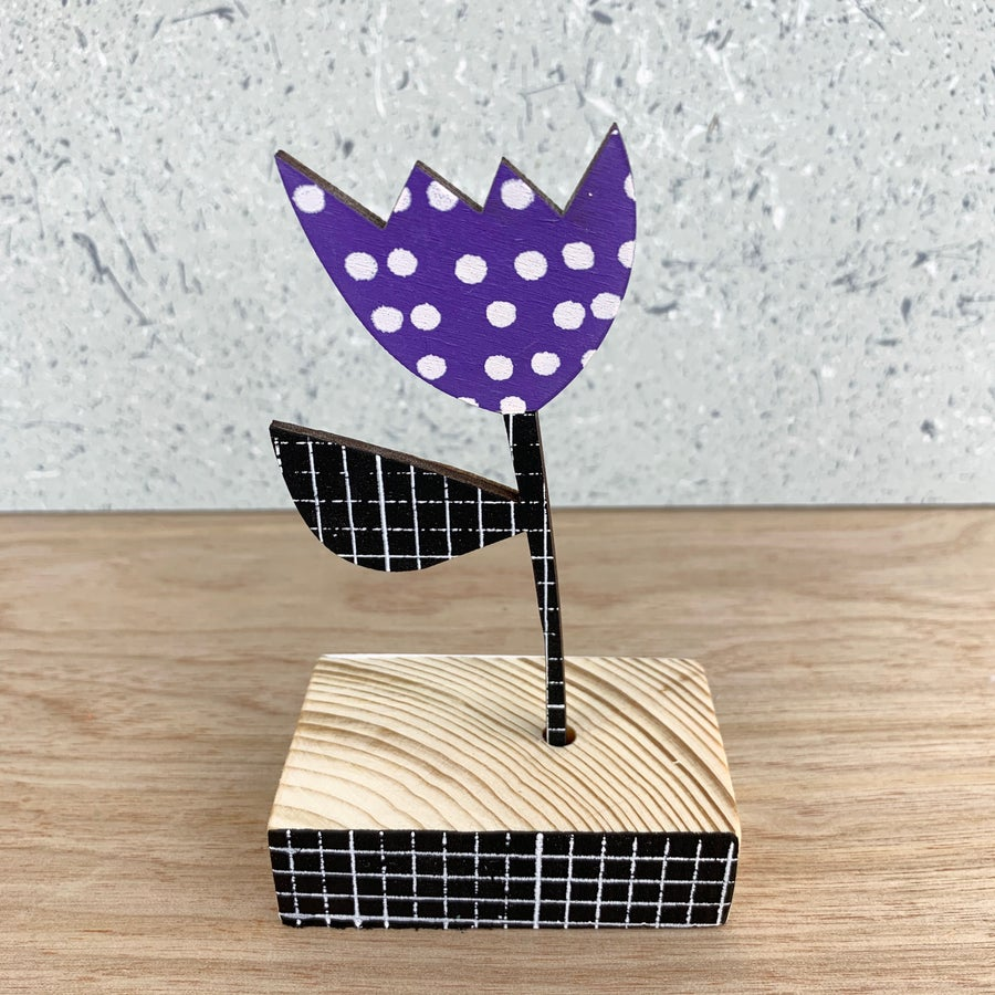Image of Screen Printed Wooden Flower Brooch With Stand  - Purple with Black Stem