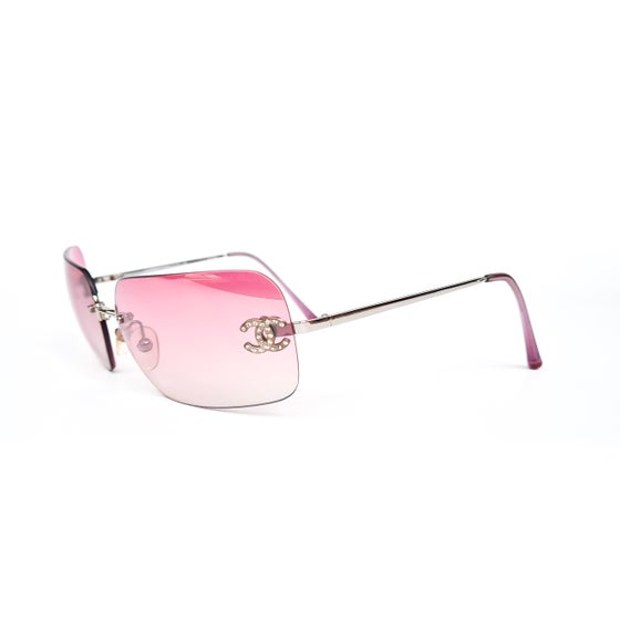 Image of Chanel CC Crystal Frameless Pink Gradient Sunglasses