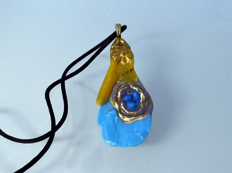 Image of **Fused Glass Pendant Birds Nest on Abstract Design