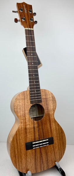 Image of Kamaka Electric-Acoustic Tenor Model HF-3 w/Fishman Pickup