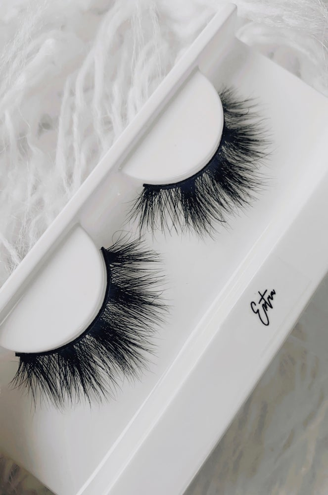 Image of Extra Lashes
