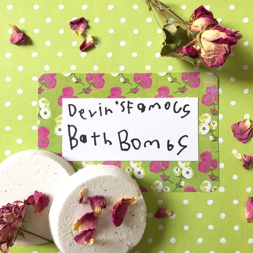 Image of Devin's Famous Bath Bombs