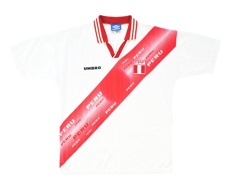 Image of 1996-98 Umbro Peru Home Shirt L/XL